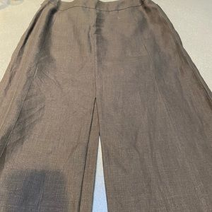 Chanel chocolate brown linen coulotte,Never worn 0